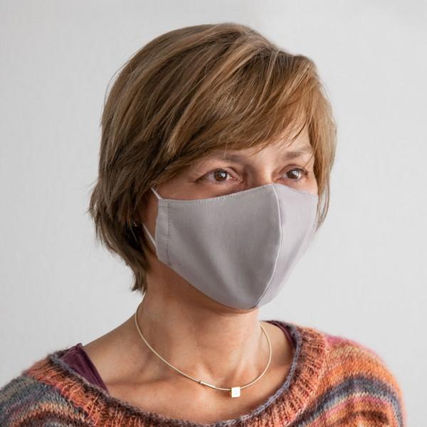 Masque Gharieni 'Smoke-Grey'